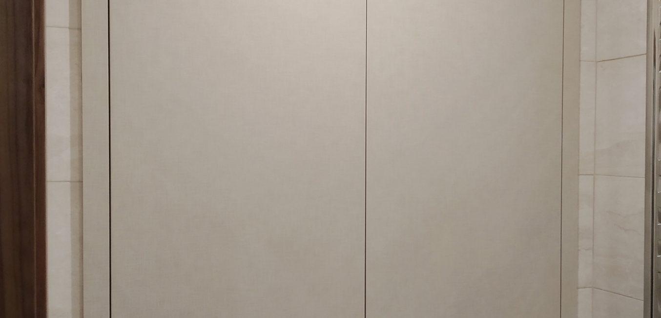 Дверцы в санузле
